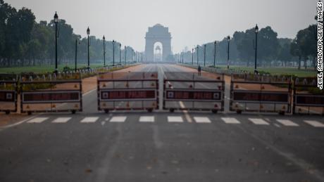 India will be under complete lockdown for 21 days: Narendra Modi